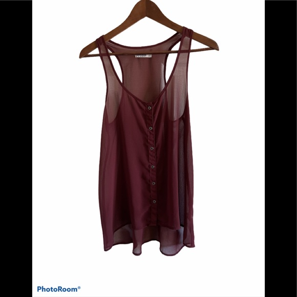 3/$30 Garage sheer button up burgundy tank top
